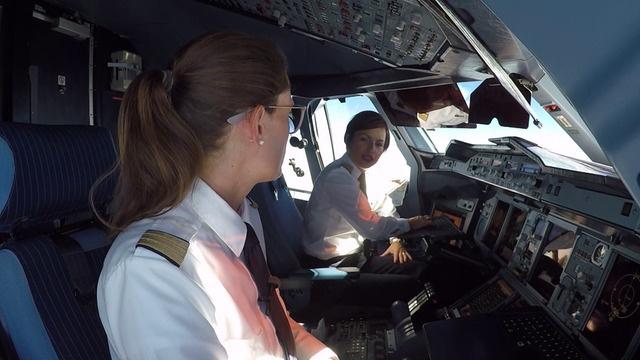 Im Airbus A380 von Frankfurt nach Singapur