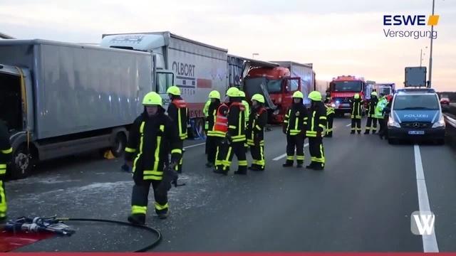 Lkw-Unfall auf der A3 nahe Frankfurter Flughafen