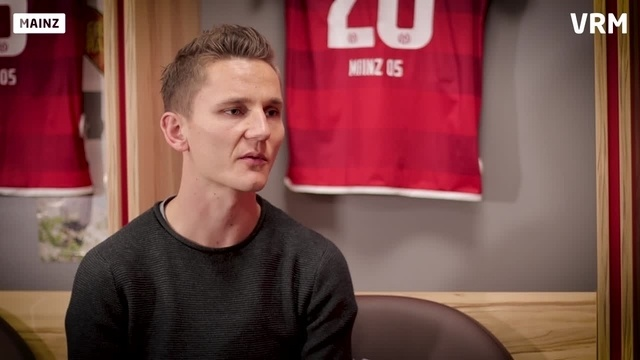Wortpiratin rot-weiß: Der Capitano im Gespräch