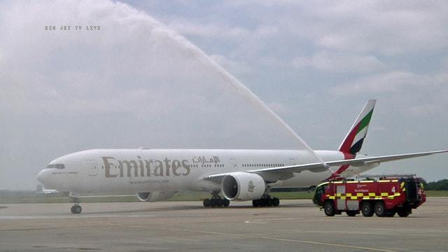 Erste Emirates-Ankunft in Stansted
