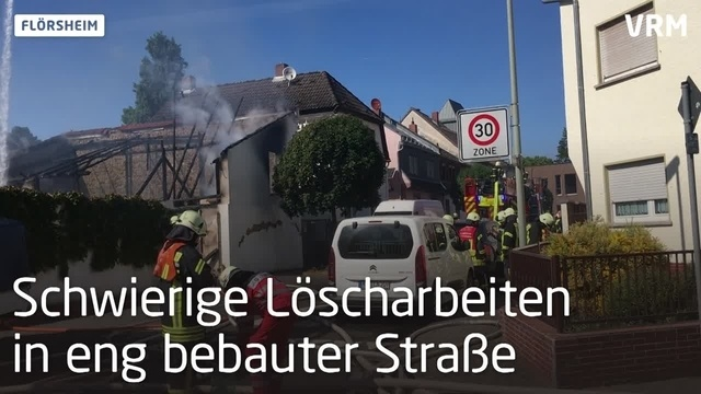 Großbrand in Flörsheim: 80 Rettungskräfte im Einsatz