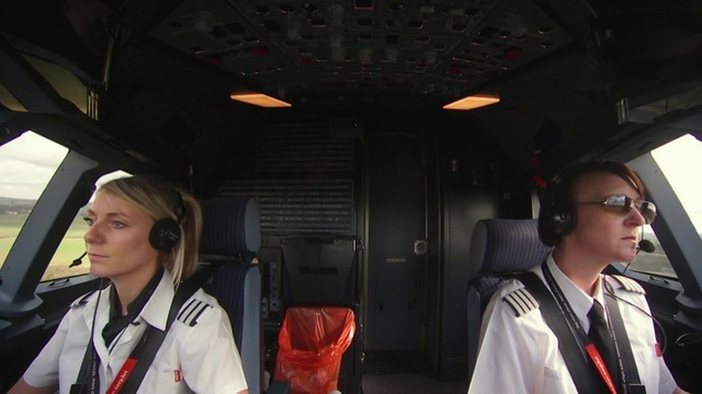 Easyjet - Inside the Cockpit (2)