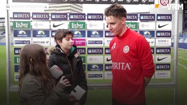 Nachwuchsreporter haken beim SV Wehen Wiesbaden nach
