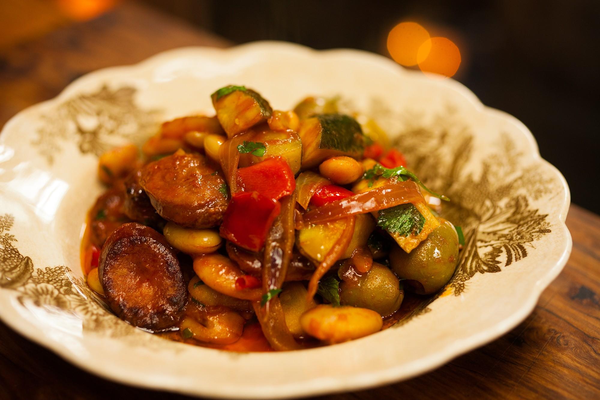 Limabohnen und Chorizo