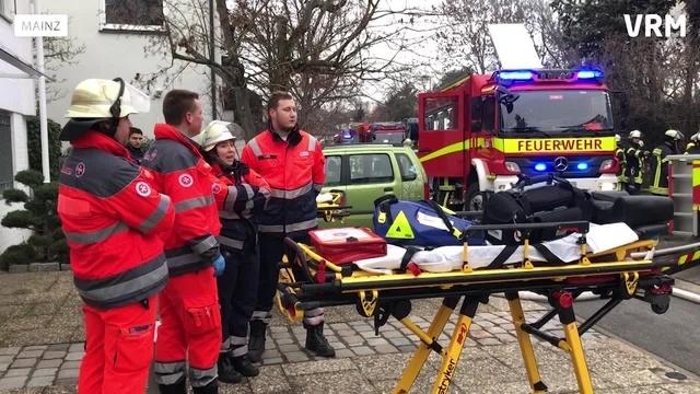 Einfamilienhaus in der Mainzer Oberstadt brennt aus