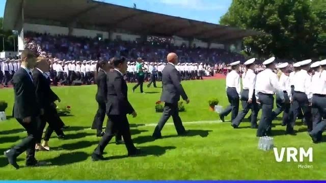 Hessentage: Rekord-Vereidigung im Rüsselsheimer Stadion