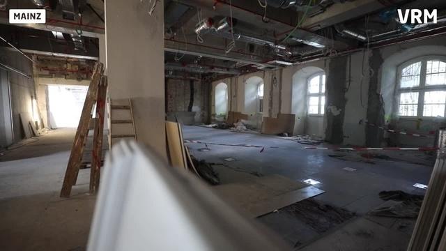 Baustellenbegehung im rheinland-pfälzischen Landtag
