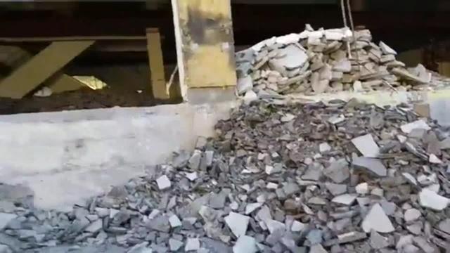 Liveaufnahme: Altes C&A-Gebäude wird abgerissen
