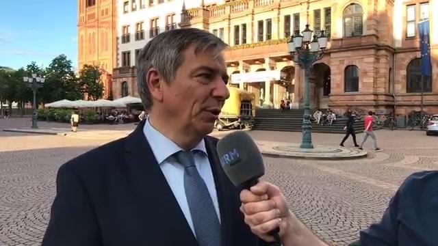 OB-Wahl in Wiesbaden: Gert-Uwe Mende im Gespräch