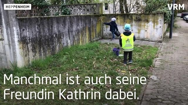 Louis sammelt Müll in Heppenheim