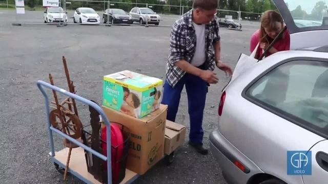 Warenannahme beim Verschenkmarkt