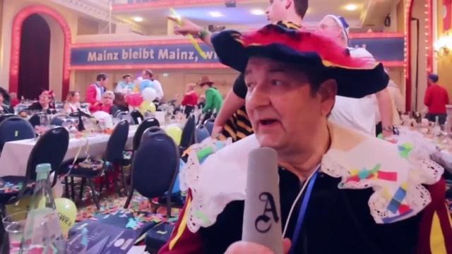 Generalprobe zur Mainzer Fernsehfastnacht: Interview mit Klaus Hafner
