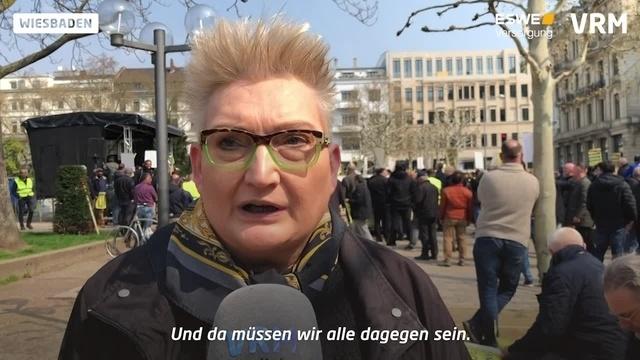 Wiesbaden: Taxistreik auf dem Kranzplatz