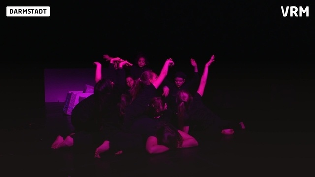 Schultheatertage: Kleine Menschen im Rampenlicht