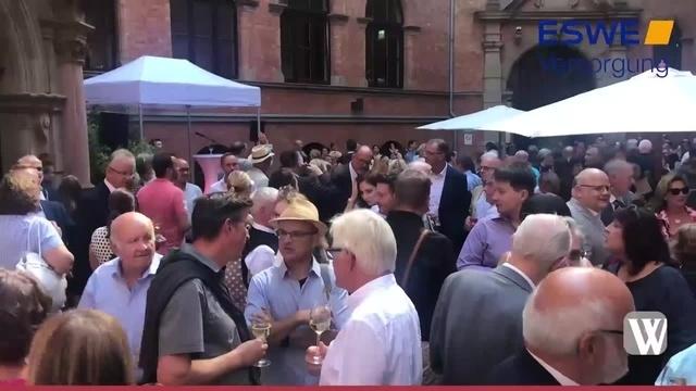 Wiesbaden: Auftakt zur 43. Rheingauer Weinwoche