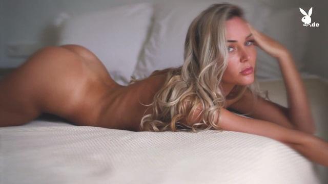 Nackt  Emily Shedler Miss März