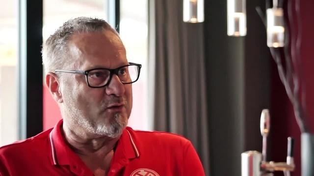 Wortpiratin rot-weiß: Gespräch mit Werner Homberger