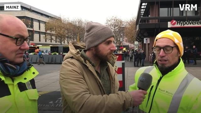 Mainz: Zufahrtsschutz für den Weihnachtsmarkt