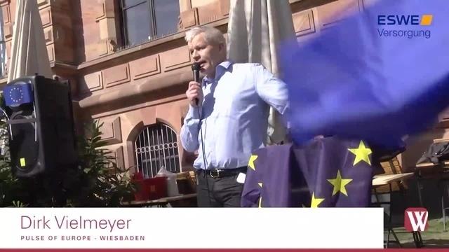 Wiesbadener demonstrieren für Europa