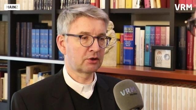 Mainz: Bischof Peter Kohlgraf im Gespräch
