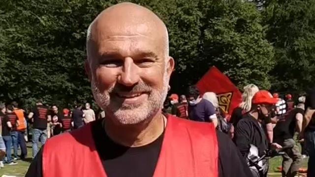Kamax-Beschäftigte demonstrieren in Alsfeld