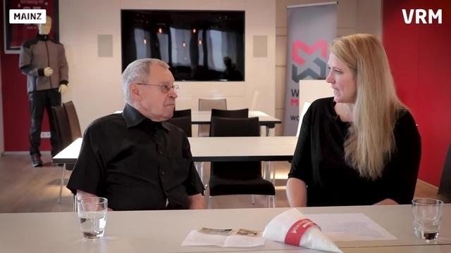 Wortpiratin Mara Pfeiffer trifft Heinz Tronser