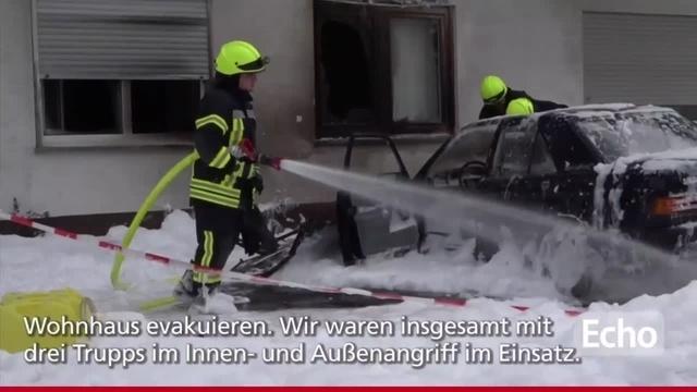 Eppertshausen: PKW-Brand greift auf Haus über
