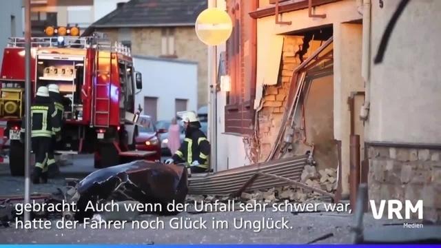 Budenheim: Autofahrer bei Unfall schwer verletzt