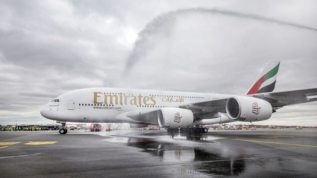 RE-Live: Emirates A380-Ankunft in Hamburg