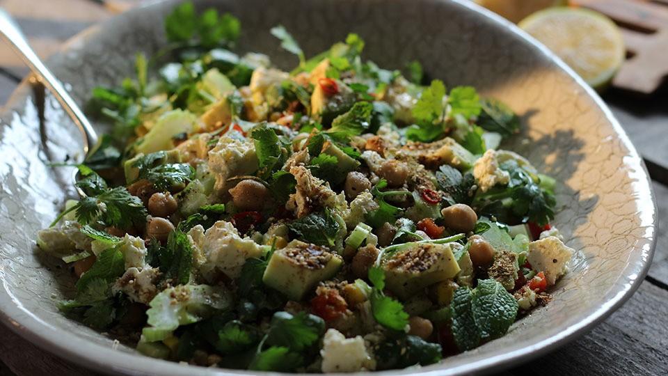Würzig, marokkanischer Kichererbsen Salat