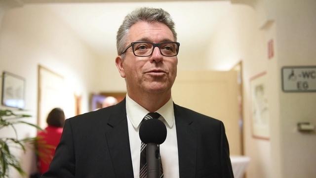 Michael Lotz verbucht in Dillenburg soliden Sieg