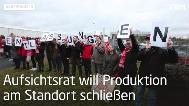 Continental-Mitarbeiter protestieren in Babenhausen