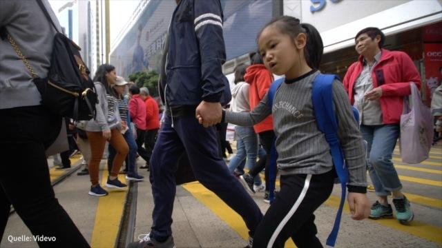 Chinas Konjunktur gibt nach - Bayer erwartet neues Urteil