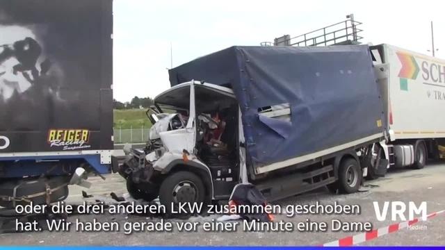 Drei Verletzte bei schwerem Unfall auf der A3