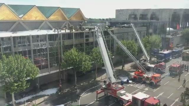 Brand der Mainzer Rheingoldhalle: Update 11.48 Uhr