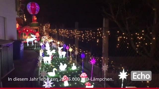 Geschmücktes Weihnachtshaus in Roßdorf