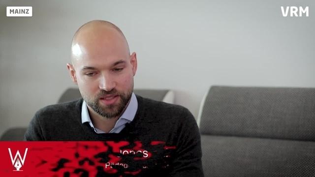 Wortpiratin rot-weiß: Mara Pfeiffer und Jonas Schuster