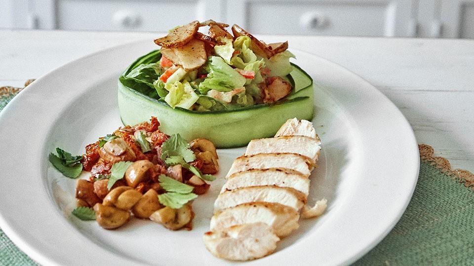 Fitnesssalat mit Hähnchen