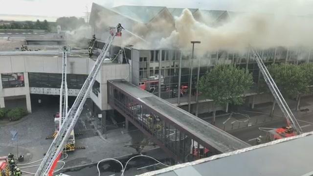 Brand der Mainzer Rheingoldhalle: Update 8.34 Uhr