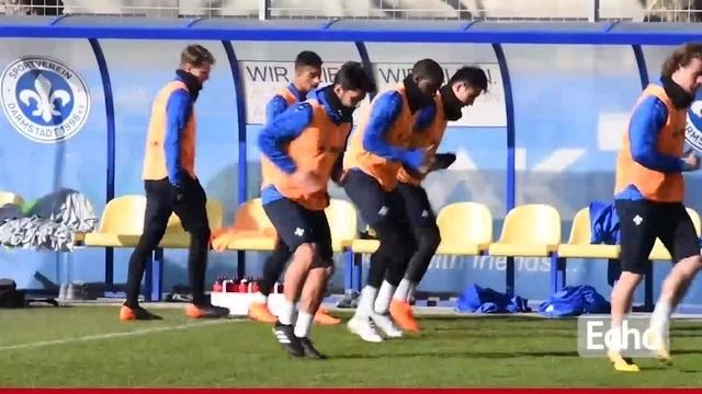 SV Darmstadt 98 in Bielefeld: Schuster hofft auf Fan-Unterstützung