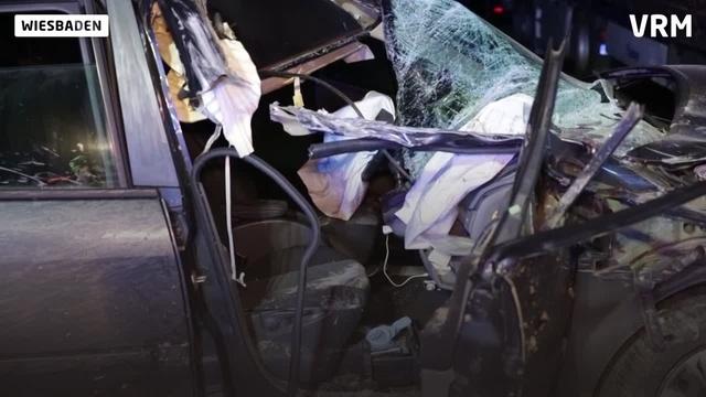 Wiesbaden: Unfall auf Parkplatz an A671