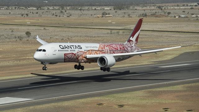 Erster Nonstop-Linienflug zwischen Australien und Europa gelandet
