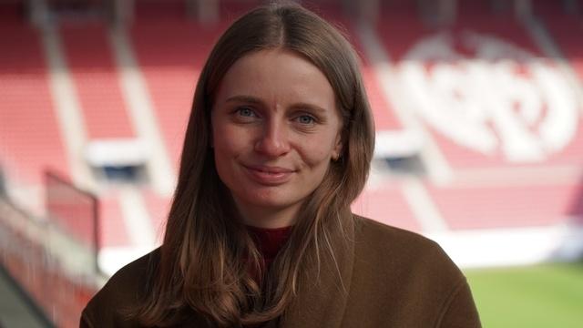 Wortpiratin rot-weiß trifft Christina Mayer