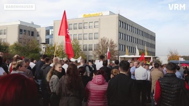Babenhausen: Demo gegen Entlassungen bei Continental