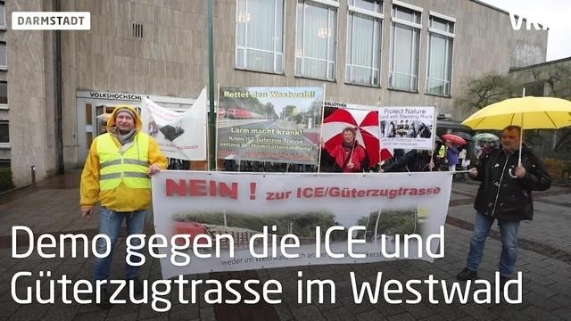 Demo vor der Stavo gegen ICE-Trasse