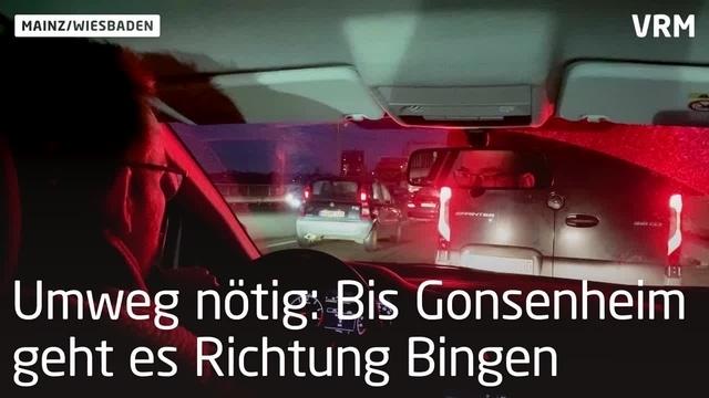 Durch den Berufsverkehr ohne Theodor-Heuss-Brücke