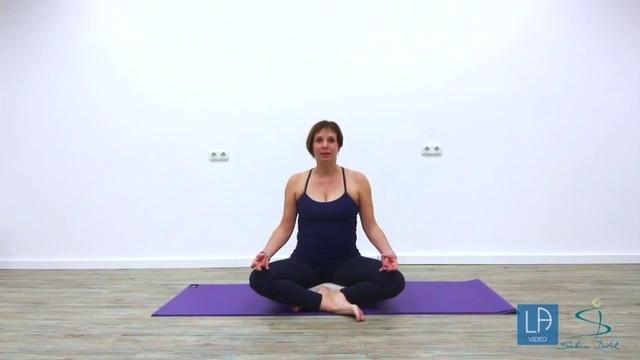 Folge 7 der Yoga-Serie: Gesundheit fördern und Wirbelsäule stabilisieren