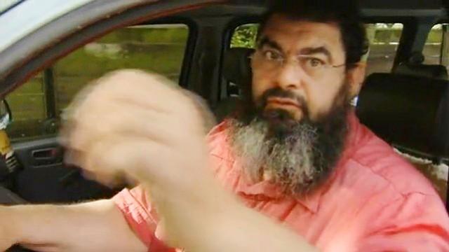 Salafisten gegen Rechtsextreme