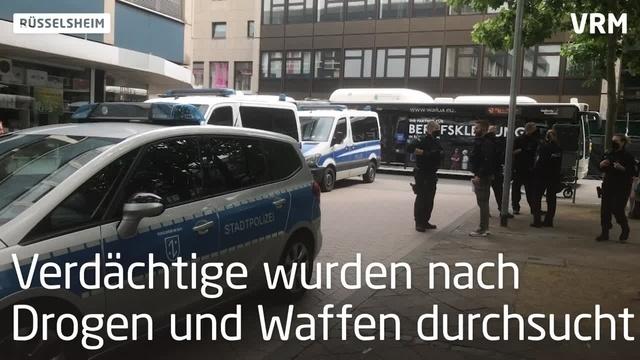 Polizei-Aufgebot gegen Drogenhandel in Rüsselsheim