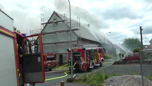 Brand zerstört Wohnhaus in Breitscheid
